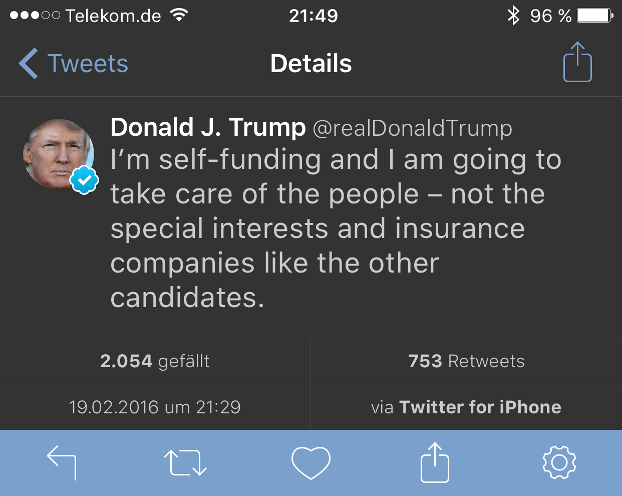 trump-iphone
